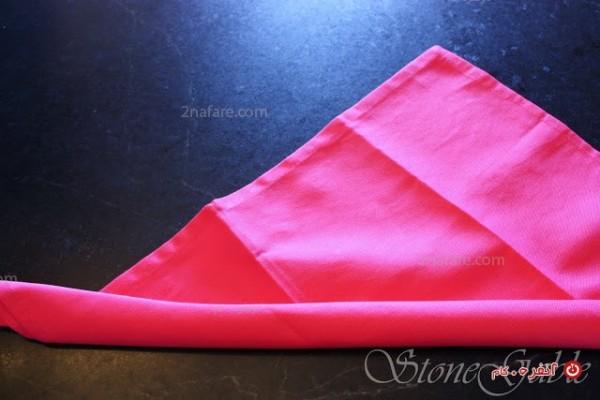 آموزش-مرحله-به-مرحله-تزیین-دستمال-سفره-به-شکل-رز-برای-سفره-آرایی.-3-600x400