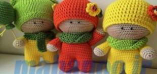 آموزش بافت عروسک سه قلوها